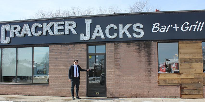 restaurant review | Cracker Jacks  | Jon-Paul Carfagnini