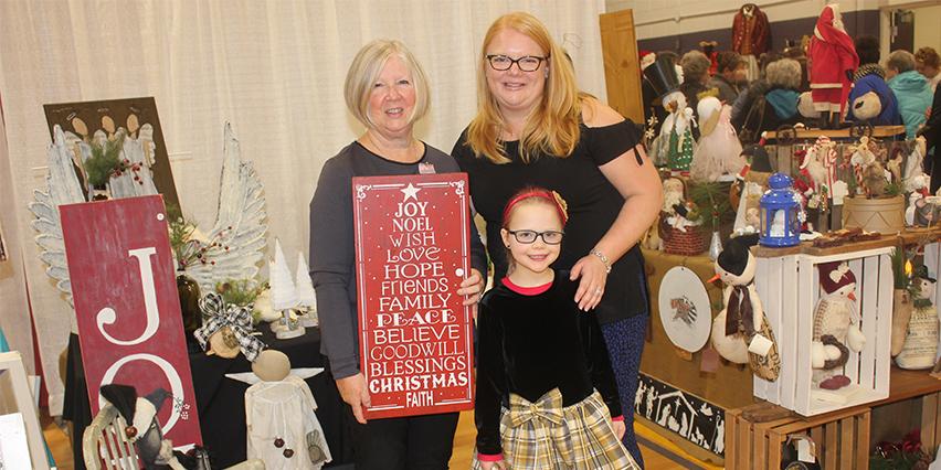 Thorold Christmas Art Craft Show_ Sandra_ Stacey_ Christina